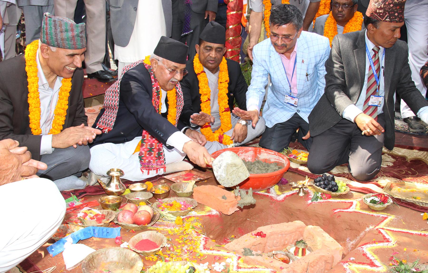 बुटवल–नारायणगढ खण्डको सडक स्तरोन्नति कार्यको शिलान्यास, साढे तीन वर्षमै चार लेनको सडक तयार हुने